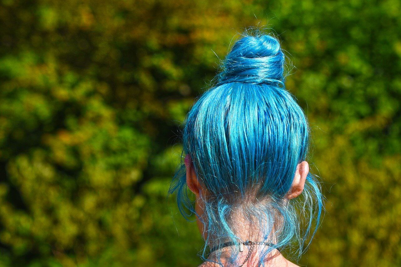 Can you dye your hair after stripping it